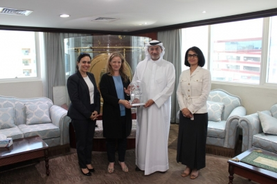 Hamdan Medical Award, ICRC discuss cooperation